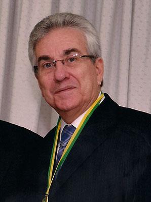 José Roberto E. Xavier